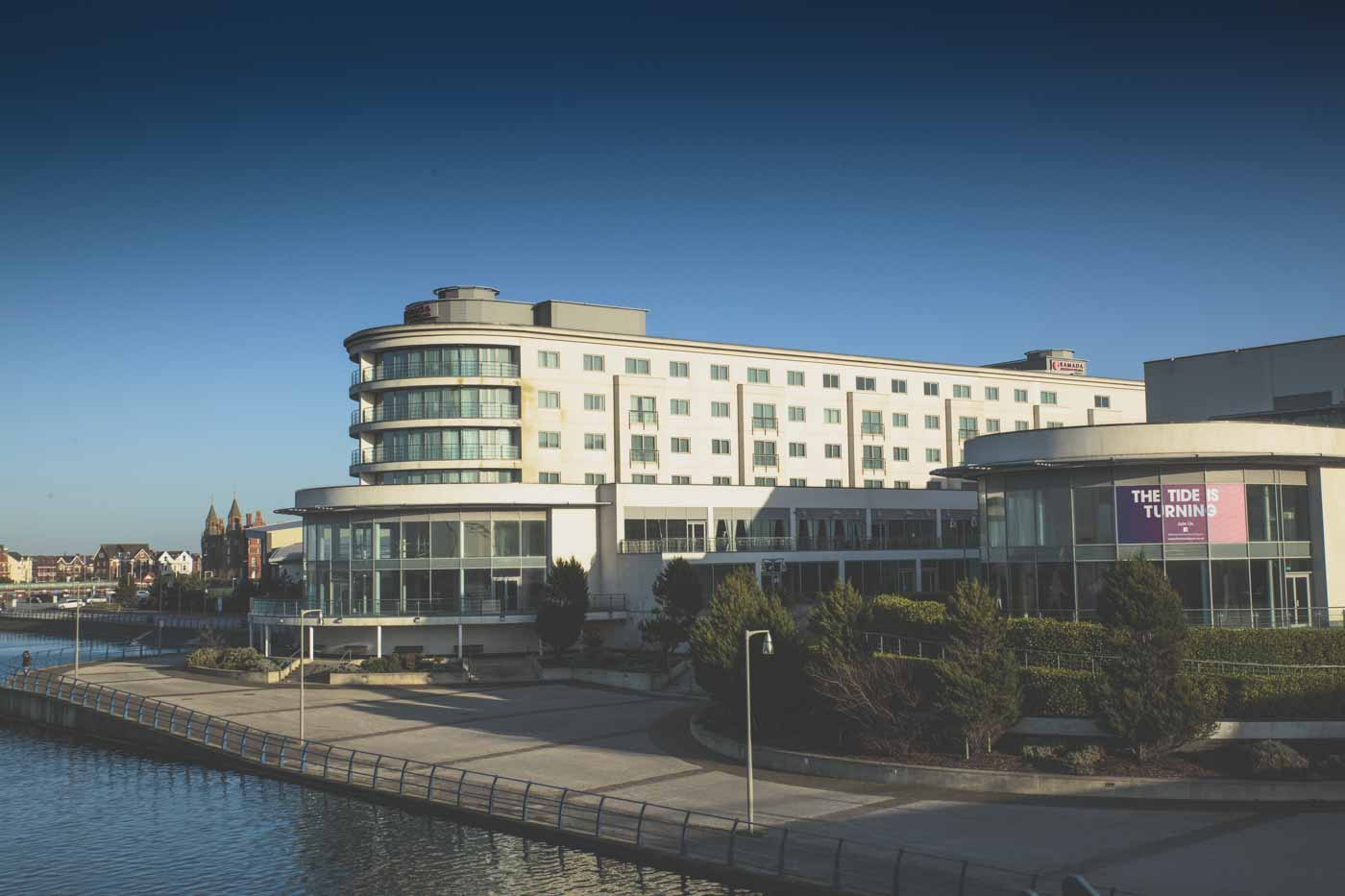ramada hotel southport, lake